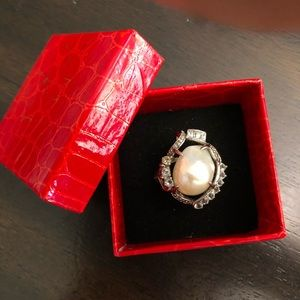 🆕 Mother of Pearl Ring